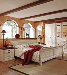 elegantes Schlafzimmer Malta | Dieses romantische Schlafzimmer im Landhausstil lädt zum Verlieben ein und sorgt für entspannte Nächte für dich und deinen Bettpartner. #bedroom #goodnight #MoebelLetz