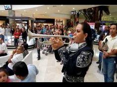 El Niño Perdido, Mariachi Femenil Mujer Latina