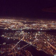 #RenataZanchi Renata Zanchi: Landing in NY. #wow #amazing #view #Manhattan #fromtheplane #NY #NYC #Downtown #lights #night #lowermanhattan #thecitythatneversleeps #SexandTheCity #Skyscraper #Sky #LGA #landing #fastenyourseatbelt #modelslife #renatazanchi #home #blessed #love #amazing #city