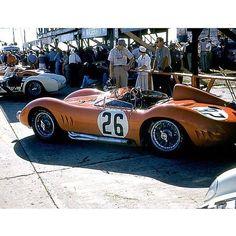 1957 Sebring. Maserati 200SI of Jim Kimberly (#26) and the Lance Reventlow (#27)