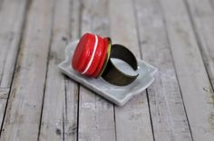 Miniatura Macaron Anello lampone-Collezione di PetitMiniatures