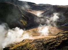 Smoke coming from the ground, in the beautiful mountains of Iceland 🇮🇸 Iceland, Smoke, Mountains, Photos, Beautiful, Pictures, Smoking, Bergen