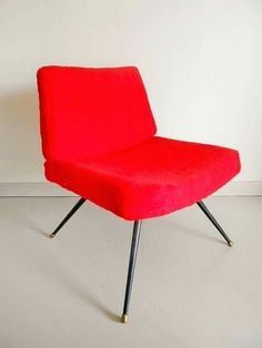Je le love.  #vintage #deco #home #meubles #rouge #couleur #red #design #sixties #moumoute