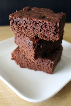 These brownies are made with healthy sprouted flour! So cake-y and decadent! Homemade Sprouted Flour Brownies