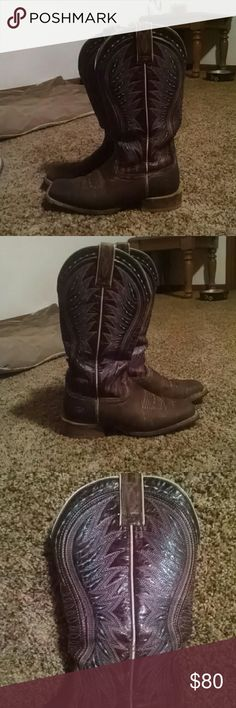 Size 8 Ariat women's boots Taller shafted boots with a roper heel and square toe. The tops are a deep burgundy color with turquoise stitching. They look dark because I just oiled them. Ariat Shoes Heeled Boots