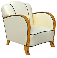Channel Daisy Buchanan with Art Deco–style furniture and accessories that exude glamour at Houzz.com