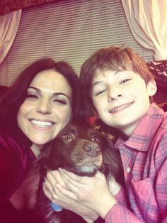 """<3 Lana Parrilla Twitter Pic <3 // """"Me & @Jared_Gilmore with ONCE's mascot Lola! #SaveHenry #OnceUponATime #neverland @Jena Kittie Upon a Time @ABC_Publicity"""""""
