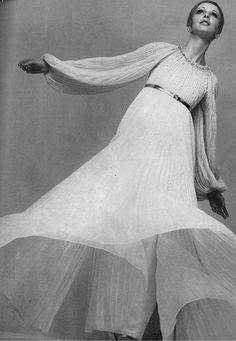 Nina Ricci for Vogue UK, 1968.