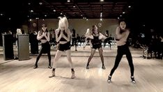 Imagem relacionada Kpop Girl Groups, Korean Girl Groups, Kpop Girls, Yg Entertainment, Oppa Gangnam Style, Bae Suzy, Blackpink Jisoo, Blackpink Jennie, New Girl