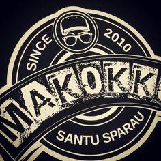 Stampa serigrafica su t-shirt. Prova la nostra qualità di stampa. Visita www.seriprintshop.com