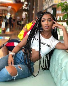 Black Girls R Magic — jourdanriane Beautiful Dark Skinned Women, Beautiful Black Women, Beautiful Ladies, Pelo Natural, Dark Skin Beauty, Girls Braids, Black Girl Fashion, Fashion Fall, Foto Pose