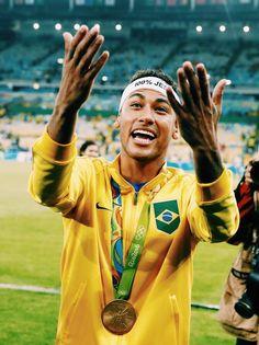 Real Madrid ready to make bid for Neymar - HF Brazil Football Team, Neymar Football, Football Fans, Psg, Soccer Quotes, Best Player, Soccer Girl Problems, Fc Barcelona, Barcelona Soccer