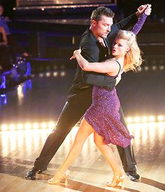 Chris Soules and Witney Carson made up for their not-so-great week 2 Dancing With the Stars performance with a much-improved week 3 routine.