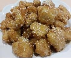 This Chinese Honey Chicken Recipe for the Thermomix can be a little time consuming and makes a large batch, so it's perfect for parties and feeding big families. Honey Sauce For Chicken, Chinese Honey Chicken, Chicken Sauce Recipes, Lemon Butter Chicken, Meat Recipes, Asian Recipes, Cooking Recipes, Savoury Recipes, Recipes Dinner
