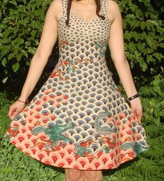 Dragon dress: awesome fabric, great fitting dress made entirely without a pattern