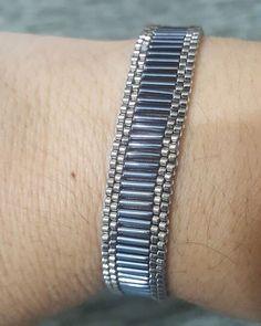 Miyuki # # # borumiyu Bracelets handmade # Sift the style # # # too liked # - DIY Schmuck Loom Bracelet Patterns, Beaded Bracelets Tutorial, Bead Loom Bracelets, Jewelry Patterns, Handmade Bracelets, Jewelry Bracelets, Embroidery Bracelets, Handmade Jewellery, Silver Bracelets