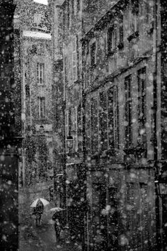 """""""Snow in the city ~ Clermont Ferrand""""  >>> [Love this, wonder where it is??]"""