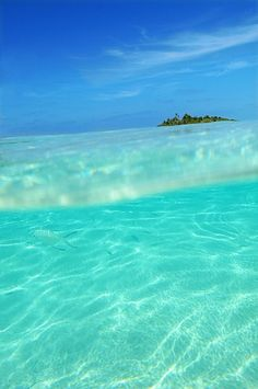 Maldives - Indian Ocean stylish beach, resort, and swimwear summer styles 6 Dreamy Resorts for the Perfect Family Vacation - would LOVE to s. Dream Vacations, Vacation Spots, The Places Youll Go, Places To See, Beach Bodys, Beach Resorts, Beautiful Beaches, Beautiful World, Wonders Of The World
