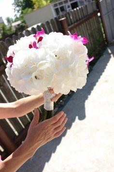 buchet mireasa hortensie alba Weeding, Walls, Crown, Pink, Art, Art Background, Grass, Corona, Weed Control