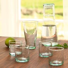Ich liebe Recyclingglas. Schön und umweltfreundlich! Viele weitere schöne Bio-Produkte für die Wohnung, Haushalt & Mode: http://www.grueneerde.com