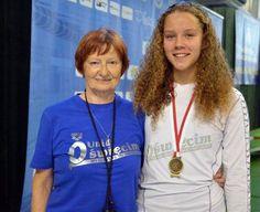 Złoto, srebro i brąz 16-latków w Ostrowcu#Oświęcim #pływanie #Ostrowiec #SMS #pływacy #medale
