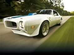 1970 Pontiac Trans Am 400 Maintenance of old vehicles: the material for new cogs/casters/gears could be cast polyamide which I (Cast polyamide) can produce Firebird Formula, Pontiac Firebird Trans Am, National Car, Car Prices, Pony Car, American Muscle Cars, American Sports, Sweet Cars, Us Cars