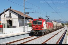 RailPictures.Net Photo: CP 4714 Caminhos de Ferro Portugueses Siemens CP 4700 series at Lardosa, Portugal by J.C.POMBO