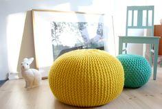 62€ Complementa la decoración de tu hogar con estos novedosos puffs de punto. 5…