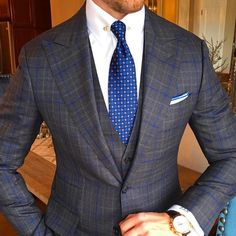 love this three piece. What an awesome pattern. Just perfect.I love this three piece. What an awesome pattern. Just perfect. Linen Wedding Suit, Wedding Suits, Sharp Dressed Man, Well Dressed Men, Mens Fashion Suits, Mens Suits, Grey Suit Combinations, Traje Casual, Suit Pattern