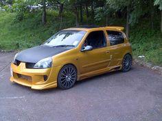 #SouthwestEngines Modified Renault Clio 2001