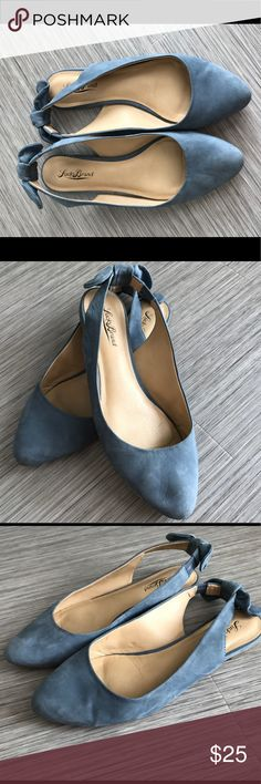 Lucky Brand- Alixis flat Lucky Brand sling back ballet flat. Leather upper, rubber sole. Pointed toe. Back bow detail. Super cute and comfy on. Used, in good condition-gently worn. Fits true to size Lucky Brand Shoes Flats & Loafers