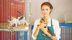 Learn about animal shelter volunteer programs. Find out about the many possible positions your local shelter may have for you. Here's a look at the different volunteer opportunities with animals that shelter may offer. Rescue Dogs, Animal Rescue, Animal Shelter Volunteer, Shelter Dogs, Animal Welfare, Animal Rights, Pet Care, Pet Adoption, Fur Babies