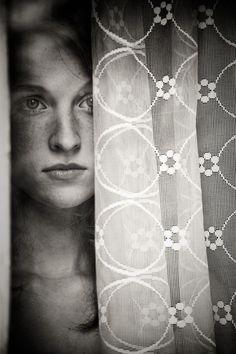 #ayrılık #hüzün #yalnız #yalnızlık #keder #yalnız adam #suskun #celep #murat #murat celep