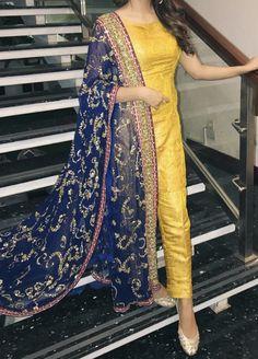 Brides side at the dholki - Saree and blouses - # Pakistani Bridal Dresses, Pakistani Outfits, Indian Dresses, Indian Outfits, Bridal Lehenga, Modern Outfits, Stylish Dresses, Simple Dresses, Mayon Dresses