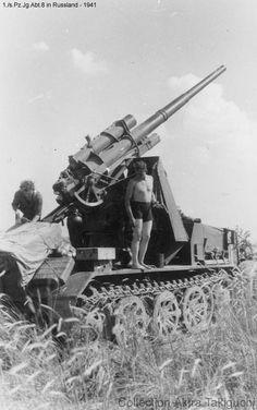 8.8cm flak 18 self-propelled gun on Zugkraftwagen 12t