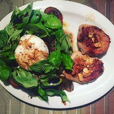 Lovely burrata mozzarella  with calf filet homemade ❤️ #fitness #foodpics #foodpic #yummy #tasty #tastyfood #lovely #homemade #homecooking #homemadefood #calf #fresh #salad #мск #dinner #healthy #healthyfood #cookingwithlove #cookingtime #foodporn #foodblogger #foodphotography #instablogger #blogger  #photos #pics #picsoftheday #healthymeals #fitness #eatclean #mozarella  Yummery - best recipes. Follow Us! #tastyfood