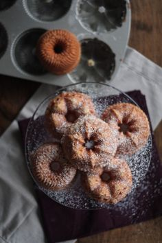 Brown Butter Bundt Cakes #recipes #cakes #cakes http://pinterest.com/ahaishopping/