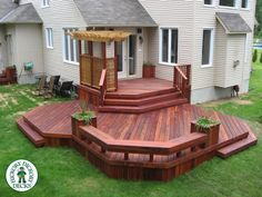 Most Creative Small Deck Ideas, Making Yours Like Never Before! Small Deck Ideas – Possibly your lot is smaller compared to you 'd such as making it a difficult to consist of gardens and a deck Backyard Plan, Backyard Patio Designs, Backyard Landscaping, Terrace Design, Deck Design, Two Level Deck, Tiered Deck, Deck Pictures, Deck With Pergola