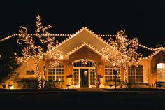 Home Decoration : Christmas Home Decorating - Fantastic Ideas For . Christmas Home Decorating Christmas Decoration Ideas Christmas Lights Outside, Christmas Light Displays, Christmas House Lights, Xmas Lights, Christmas Decorations For The Home, Holiday Lights, Holiday Decor, House Decorations, Outdoor Decorations