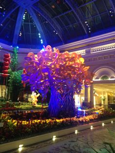 To celebrate the Chinese New Year, the Bellagio organized a special exhibition in the Conservatory. //  Pour célébrer le nouvel an chinois, le Bellagio a organisé une exposition dans son jardin d'hiver. © Château Prieuré-Lichine