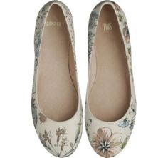 These shoes say: I'm a ballerina!  I'm an elegant lady! Lovely down to my toes.