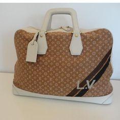 Tip: Louis Vuitton Luggage (Camel)
