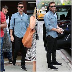 Ryan-Seacrest-wears-Rag-and-Bone-Tyne-Chukka-Sneakers-Shoes-11