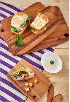 Wooden Chopping/ Serving Boards available on www.organiqliving.com. Bring style to your table and serve awesome bites with ease. Handmade with maintained forest Acacia Wood these boards are a MUST HAVE. Shop now! #Organiqliving #ecofriendly #sustainable #fairtrade #products #wednesday #instafood #breakfast #lunch #acacia #wood #chabatree #dubai #serve #mydubai #uae #nature #forest #handmade #kitchen #home #essentials