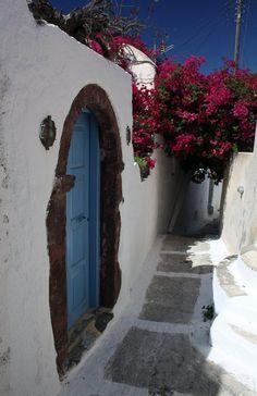 Santorini, Greece - post from A Big Life