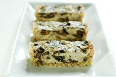 Raw Food Recipes: Tarragon Mushroom Tart, I could make this in my little tart pans to fit into the dehydrator.