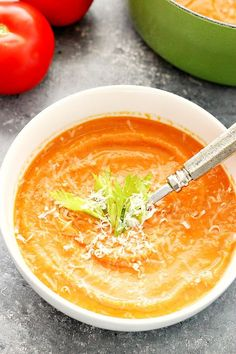 Creamy Roasted Tomato Soup Recipe – rich in flavor creamy soup that is the best served with thick grilled cheese. This tomato soup is healthy and made with a handful of ingredients. Roast Tomato Soup Recipe, Roasted Tomato Soup, Roasted Tomatoes, Grow Tomatoes, Cherry Tomatoes, Grilled Chicken Recipes, Veggie Recipes, Healthy Recipes, Healthy Food