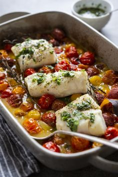 Cod with Tomato Confit, Herbs and Orange Clean Recipes, Healthy Dinner Recipes, Cod Cakes, Cilantro Salsa, Confort Food, Salty Foods, Middle Eastern Recipes, Fish Dishes, Fish And Seafood