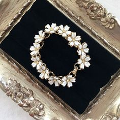 """HP Charming vintage daisy bracelet So sweet and feminine. Vintage 1960s, I think? Gold tone metal, plastic, and rhinestones. About 7"""" long. No tarnish I can find. In excellent condition, especially for its age. Jewelry Bracelets"""