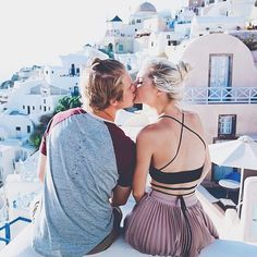 Parker and Aspyn are couple goals Aspyn And Parker, Aspyn Ovard, Cover Pics, Couple Pictures, Wedding Couples, Santorini, View Photos, Trip Planning, Couple Goals
